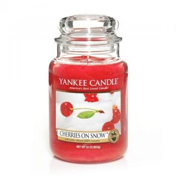 Yankee Candle 623g - Cherries on Snow - Housewarmer Duftkerze großes Glas